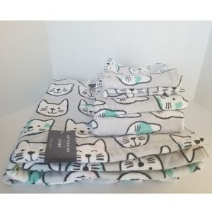 NEW | Cat Towel Set
